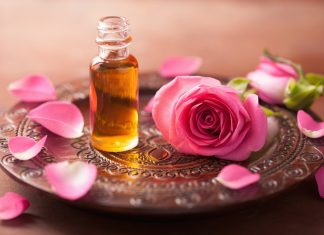 Luxury Facial Oils with Natural Ingredients - Rose Oil